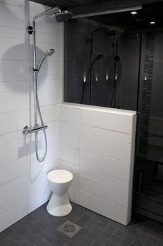 Saunas, Toilet, House Plans, Bathtub, Flooring, Shower, Interior, Bathroom Ideas, Rooms