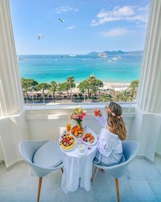 Gunaydinnn🤗 – Which Photo Frame is … 2019 Ville France, Happy Morning, Cannes France, Travel Items, Travel Wardrobe, French Riviera, Cannes Film Festival, France Travel, Travel Accessories