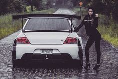 This Girls just Love 😜 Car Poses, Evo 9, Sport Suv, Cars Usa, Classy Cars, Mitsubishi Lancer Evolution, Import Cars, Car Engine, Japanese Cars