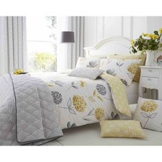 A beautiful cotton rich duvet set with a modern floral print. The reverse of the duvet set has a background with pretty flowers. A lovely feature duvet set to brighten the bedroom. Easy care and minimal iron. Grey Duvet Set, King Duvet Set, Duvet Sets, Duvet Cover Sets, Green Duvet Covers, Pretty Bedroom, Thing 1, Single Duvet Cover, Trends