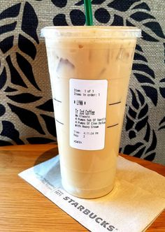Iced coffee at Starbucks ? Make sure you ask for no classic syrup in your iced Starbucks drinks, and it says no classic on your label. Classic syrup is sugar water. This is the new Trenta size ounce) with HWC (heavy whipping cream), 4 pumps of Starbucks Frappuccino, Free Starbucks Drink, Low Carb Starbucks, Healthy Starbucks Drinks, How To Order Starbucks, Starbucks Secret Menu, Starbucks Recipes, Starbucks Iced Coffee, Coffee Recipes