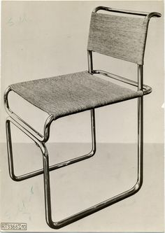Tubular steel chair designed by Marcel Breuer, Photograph, b 24 x 17 cm. Marcel Breuer papers, Archives of American Art. Shelf Furniture, Art Deco Furniture, Metal Furniture, Furniture Sale, Office Furniture, Bauhaus Interior, Marcel Breuer, Famous Furniture Designers, Design Industrial