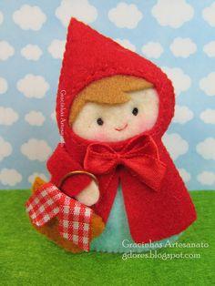 Olá, bom dia!   Um post curtinho apenas para vos mostrar uma Capuchinho Vermelho em versão XS, sobretudo se comparada àquela que postei ante...