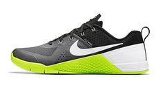 CMF we like / Softgoods / Nike / Grafical / neon Green / at Nike Metcon 1 - Google 検索
