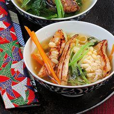 Hähnchen-Ramen-Suppe Rezept | Küchengötter