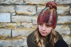 Color Wool Beanie {Free Crochet Pattern} Be warm in a chunky ribbed pom-pom beanie. Guys and girls will love wearing this trendy accessory.