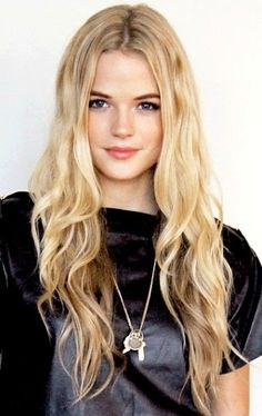 "Gabriella Wilde (Sara) ""Looking for Alaska"" by John Green"