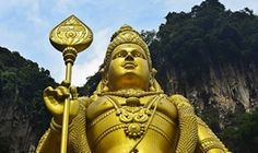 Reiser til Malaysia Buddha, Statue, Christmas Ornaments, Holiday Decor, Christmas Jewelry, Christmas Decorations, Sculpture, Sculptures, Christmas Wedding Decorations