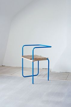 From Spanish craft designer Tomás Alonso: a series of colorful chairs made from a single bent, powder-coated metal tube twisted around a piece of soli Design Furniture, Chair Design, Cool Furniture, Modern Furniture, Futuristic Furniture, Plywood Furniture, Antique Furniture, Chair One, Diy Chair