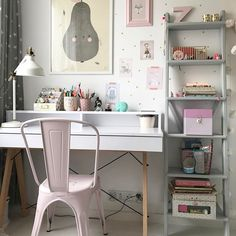 na specjalne życzenie - foto kącika uczennicy po wysprzątaniu #kidsroom #girlsroom #scandinavian #design #designforkids #schoolgirl #workplace