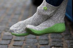 groene geitenwollen sok zelf breien http://www.greenpeace.nl/actie/sok/?accept=38a3d6c07eb97bb999c5b20a90959006