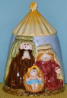 NATIVITY SCENE COOKIE JAR, UNMARKED Manufacturer Gotta find me a Nativity cookie jar!!