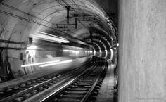 Momentos Fugazes Metro Subway Tube | Fotografia de  . Joao Pires | Olhares.com