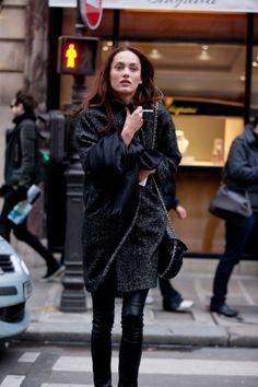 Carmen Pedaru #fashion #streetstyle #allblack