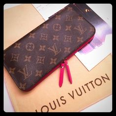 Authentic *Pink* LV insolite wallet Gently used about 5 times. This color is discontinued. Insolite wallets currently retail $745 before taxes. Wallet has No rips or stains. Excellent condition. Will come with original dustbag and receipt. PYPL  . Firm on posh! Louis Vuitton Bags Wallets