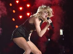 Taylor Swift Is Officially Out of the Woods: Inside Her Unforgettable--and Only--Show of 2016