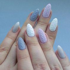 Sweterkowe paznokcie. Najmodniejszy manicure tej zimy!