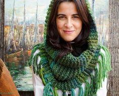 1) Gola Capuz, que também pode ser usada como capa.  Feito à mão em Crochet  53%…