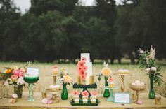 oz dessert bar, emerald, coral, and gold. Minted and Vintage, Hey There Cupcake