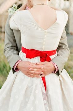 If for some reason I can't have a red dress, I'll do something similar to the pop of red somehow....