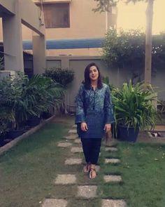 #deewana #humtv #lastepisode #najunoonraha #naparirahi Iqra Aziz, Nov 2, Last Episode, Pakistani Actress, Drama Queens, Celebrity, Actresses, Traditional, Casual