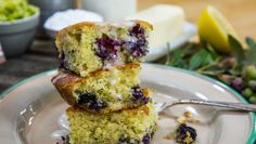 """""""Taste of Home"""" Blueberry Zucchini Squares"""
