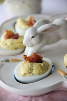 BLT Deviled Eggs – These deviled eggs have all the flavor of a bacon, lettuce, and tomato sandwich! They make a great appetizer! - Diary of A Recipe Collector Spring Recipes, Easter Recipes, Egg Recipes, Cooking Recipes, Sweets Recipes, Recipies, Healthy Recipes, Desserts, Easter Deviled Eggs