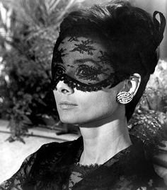 Audrey Hepburn in How to Steal a Million, 1966 - Photo: TM and Copyright (c) 20th Century Fox Film Corp. All rights reserved. Courtesy: Everett Collection.