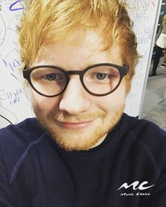 Ed Sheeran ♡♡♥ Loving Can Hurt Sometimes, Cute Ginger, Ginger Boy, Teddy Photos, Ed Sheeran Love, Itunes Charts, Mister Ed, Mixed Guys, Have A Great Day