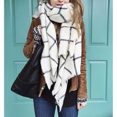 Black & White Plaid Blanket Scarf Old Navy blanket scarf worn a few times! Great condition! Old Navy Accessories Scarves & Wraps