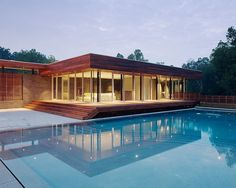 Curved House by Hufft Projects