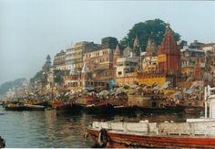 Hindu fervour at the banks of the Ganges at Varanasi - India