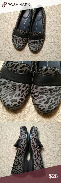 Dansko Oksana Gray Leopard Loafer Clog Add comfort and style to all your ensembles with the timeless design of the new Dansko Oksana loafers. Great choice to pair with any casual or work related outfit.  Used but look like new! Excellent condition! Size 38 EU/ 7.5-8 US Dansko Shoes Flats & Loafers
