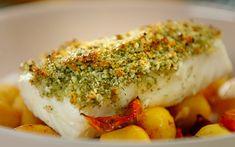 Nadiya Hussain zesty marmalade haddock with crispy roast potatoes recipe on Nadiya's Time to Eat – The Talent Zone Quick Recipes, Quick Meals, Veggie Recipes, Fish Recipes, Cooking Recipes, Veggie Food, Cooking Tips, Salad Recipes, Crispy Roast Potatoes