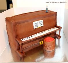 Piano shaped cake