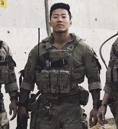 Andrew Nguyen — Army Ranger to Yale! – Service to School – Medium Military Police, Military Service, Military Weapons, Military Tactics, Us Special Forces, Military Special Forces, Military Motivation, Us Army Rangers, 75th Ranger Regiment