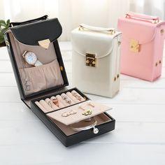 BRIDESMAID Fusion Vanity Bag For Jewels And Cosmetics - https://crowdz.io/product/bridesmaid-fusion-vanity-bag-for-jewels-and-cosmetics-2/?pid=V28WXR2V769E9OQ&utm_campaign=coschedule&utm_source=pinterest&utm_medium=Crowdz