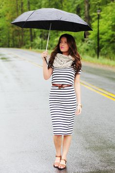 This girl has great style. Everyone should check out her blog. thedaybookblog.com