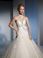 #sophiatolli #legendsbridal #weddinggowns #bridalgowns