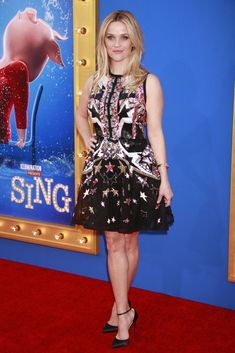 0e549a9de8d Reese Witherspoon Go Fug Yourself