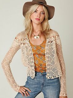despite that this cardi would fail to keep anyone warm... its still really cute