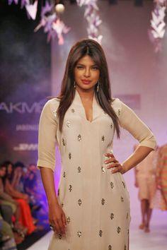 Priyanka Chopra Showcasing Her Stunning Figure On The Ramp At Lakme Fashion Week (LFW) 2014 Day 5, In Grand Hyatt, Mumbai