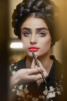 Taylor Marie Hill - Backstage at Chanel Cruise 2016, Seoul.