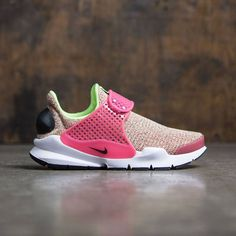 info for f6305 36a18 Nike Women Sock Dart Se (ghost green   black-hot punch-white)
