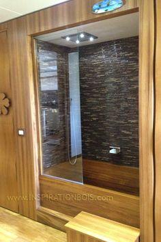 Custom size solid Teak bath tub for a luxury motor home on a truck trailer. Size: 130x80xH40cm