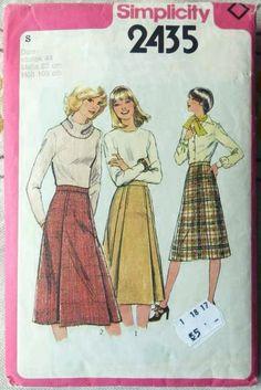 A warm woolen winter skirt Winter Skirt, Sewing Patterns, Warm, Baseball Cards, Retro, Skirts, Vintage, Skirt