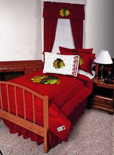 1000 images about chicago blackhawks fan ideas on for Chicago blackhawk bedroom ideas