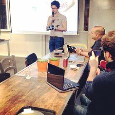 Edouard Leurent (ingénieur chez Parrot) présente le dernier jouet-drone, le Bebop.
