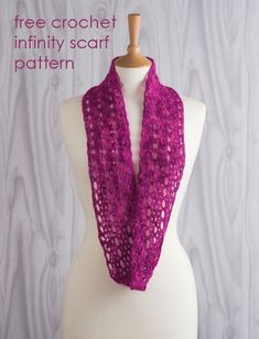 Daydream in Lace crochet infinity scarf by Jane Burns. Free pattern at Stitch Craft Create.