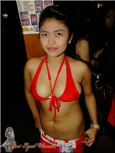 Hot FIlipina bargirl inside the old One Eyed Wench now called Shipwrecked on Fields Avenue Angeles City Philippines #filipina #bargirls #angelescity